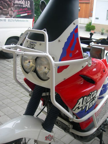 Fairing Bracket - White